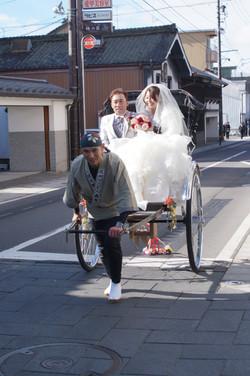 ウェディング人力車