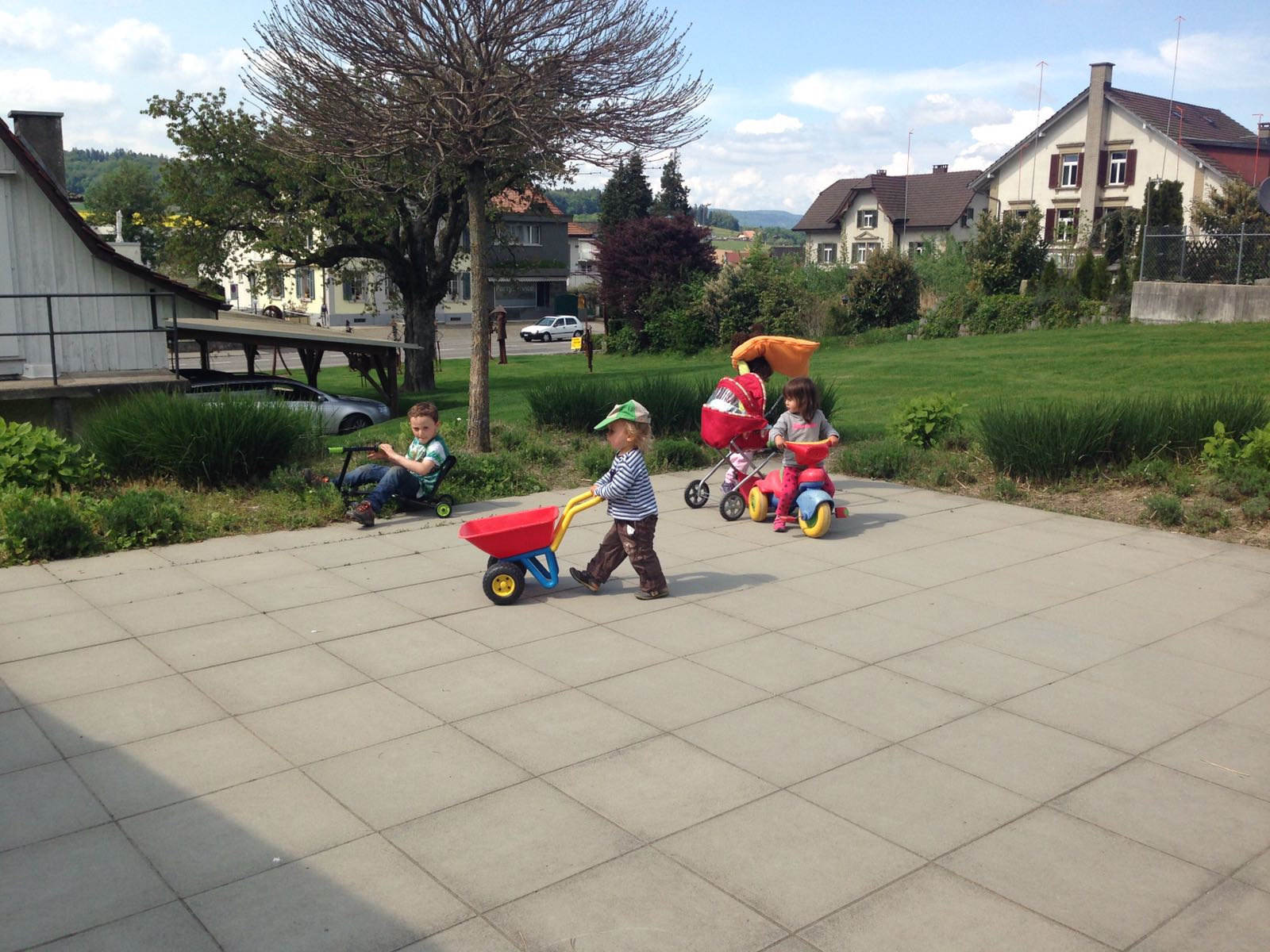freies Spiel - KiTa Gross & klein