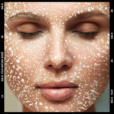 TREAT_YOUR_SKIN_TO_THE_GIFT_OF_A_PROFESS