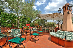hotel-dianroof-garden-terrace-breakfast-