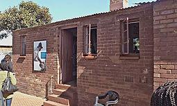 1024px-the_nelson_mandela_house.jpg