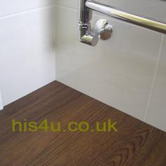 Amtico sankey bathroom _4.jpg
