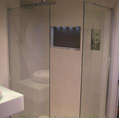 bathroom 42p2.jpg