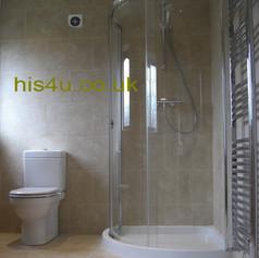 bathroom 4 p2.jpg