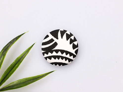 Zebra magnetic buttons