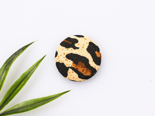 Leopard magnetic buttons