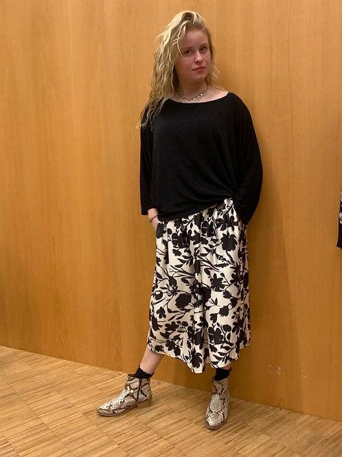 Stijlvolle korte rok in wit en zwarte kleuren