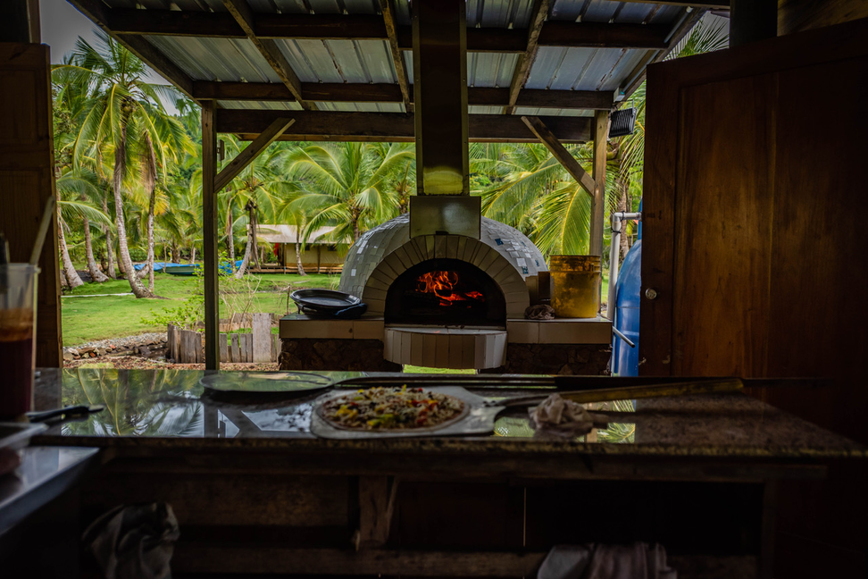 pizza oven restaurant.png