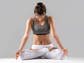 Posture du Lotus (Padmasana) : comment faire, avantages et précautions