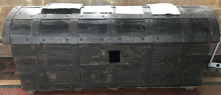 canynges iron bound chest 1.jpg