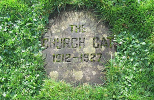 Headstone Memorial to Church Cat SMR A.jpg