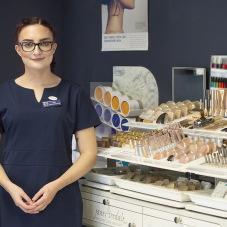 Book Now for our Jane Iredale Skin Analysis & Make up Event