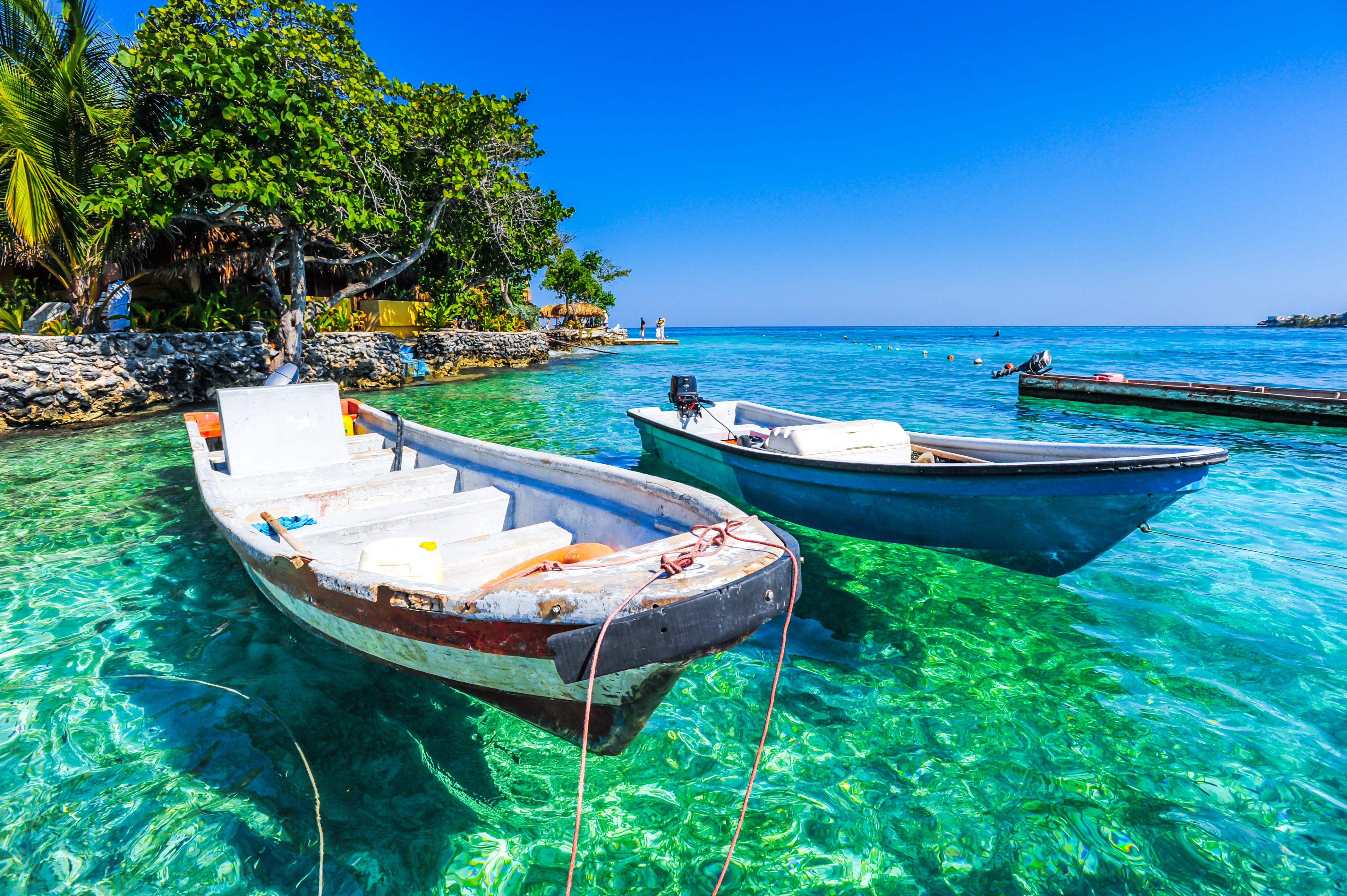 bote en islas del Rosario