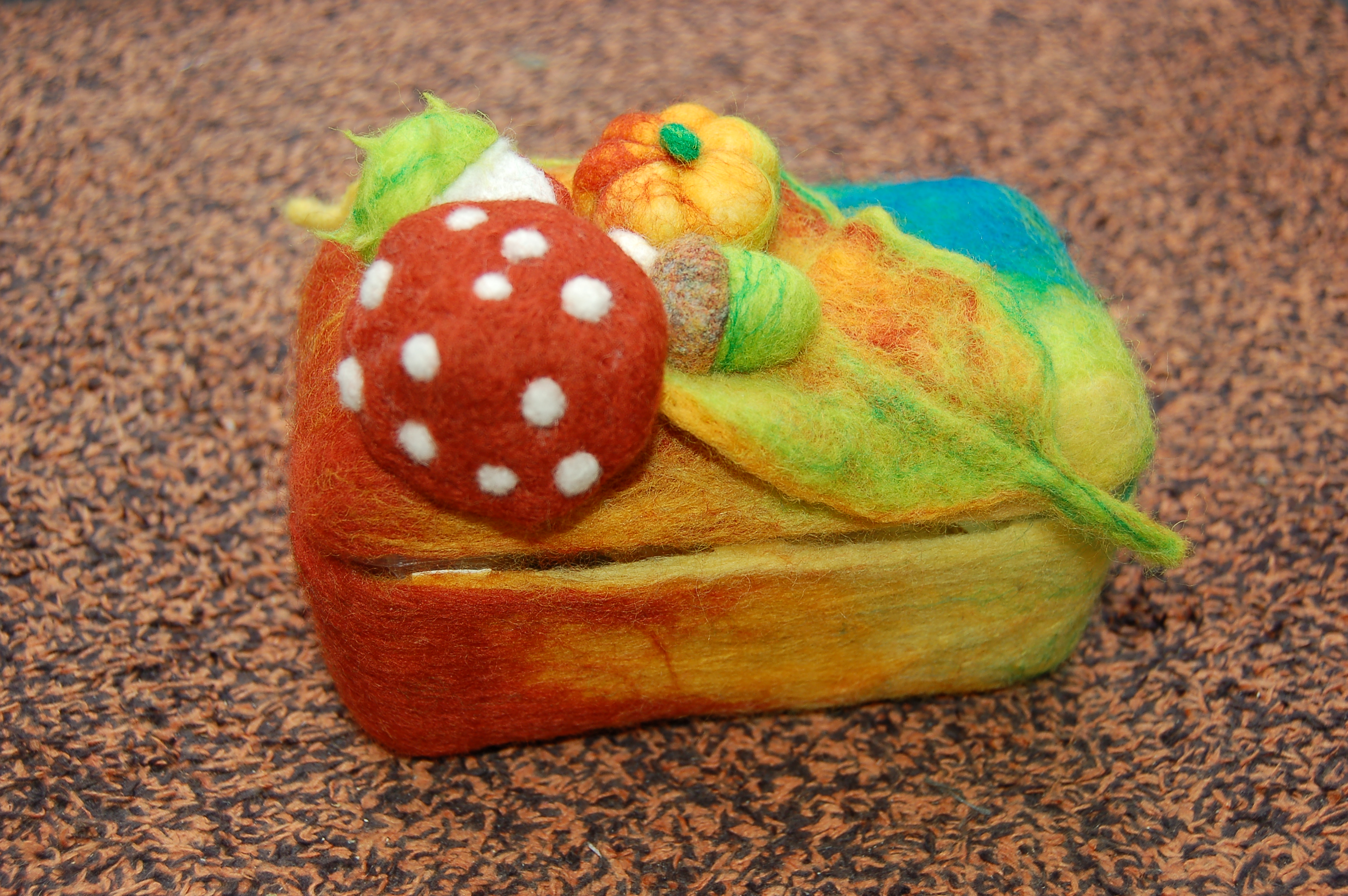 Felted tea-box (2012)