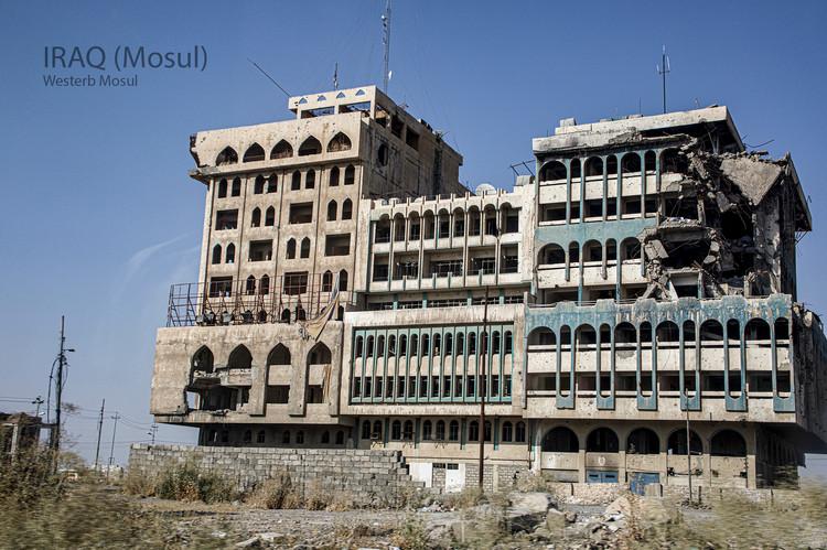 2019-07-22 Iraq - Mosul 42 (POW) 452A802