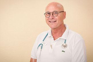 dr-querbach.jpg