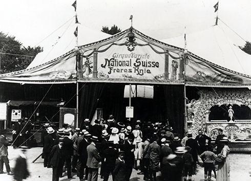 Cirque_Varieté_Knie_June_14_1919.jpg