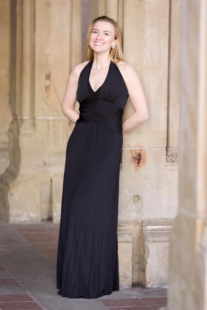 Jeanai La Vita (black dress)