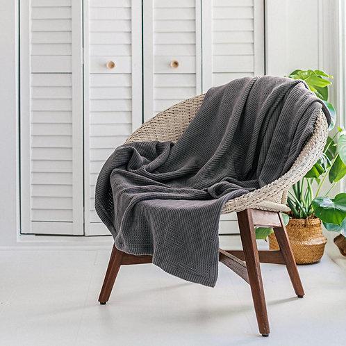 Travelle grey blanket