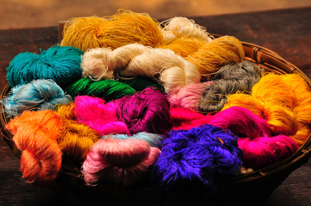 tintes organicos colorantes naturales slow fashion textiles industria textil contaminacion del agua consumo sostenible consumo consciente