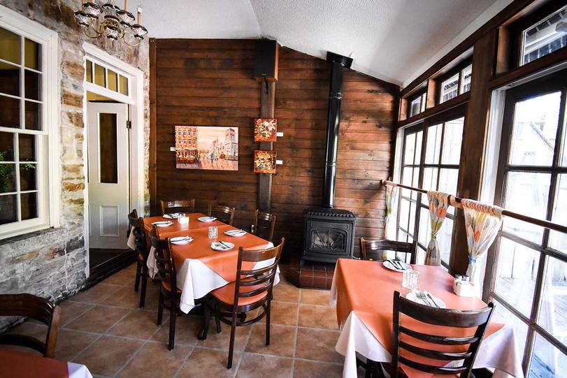 Maximilian's Verandah Dining Room