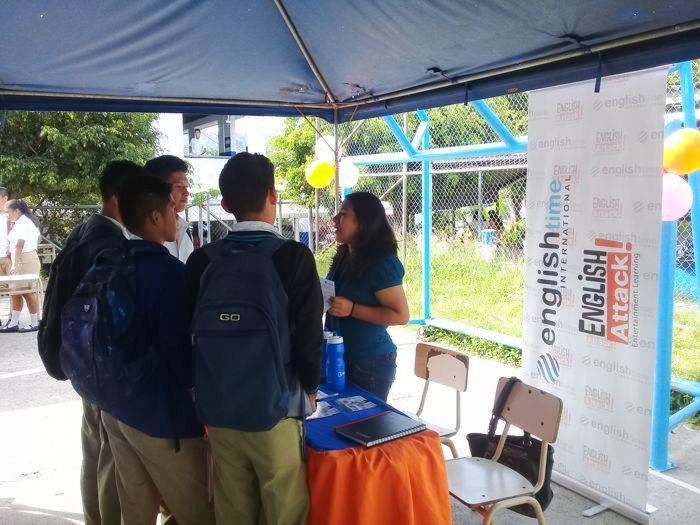 Feria de oferta academica INAC