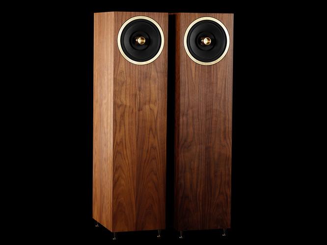 Graal full range loudspeakers
