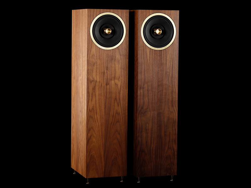 Graal full range loudspeakers