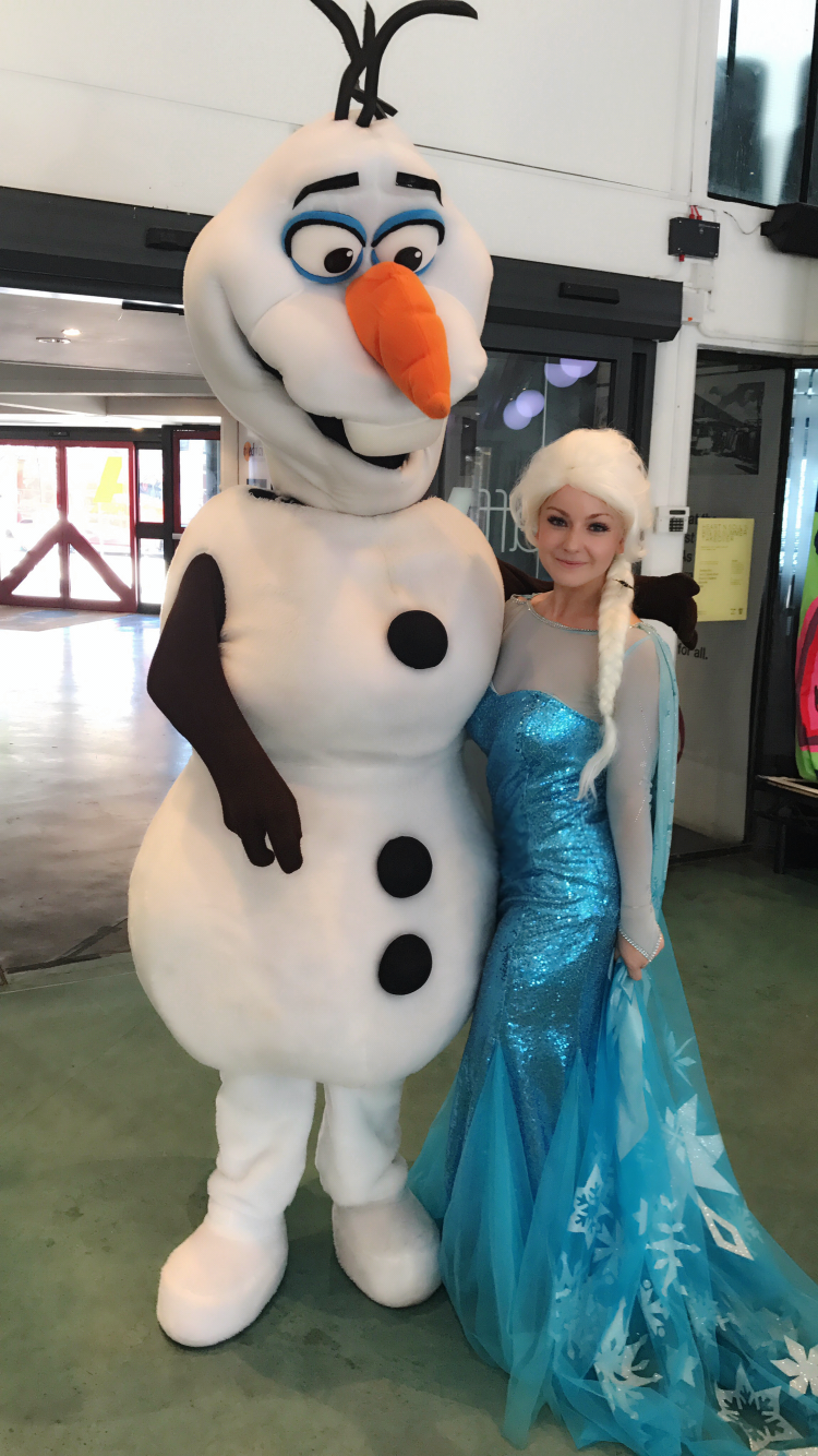 elsa and olaf party