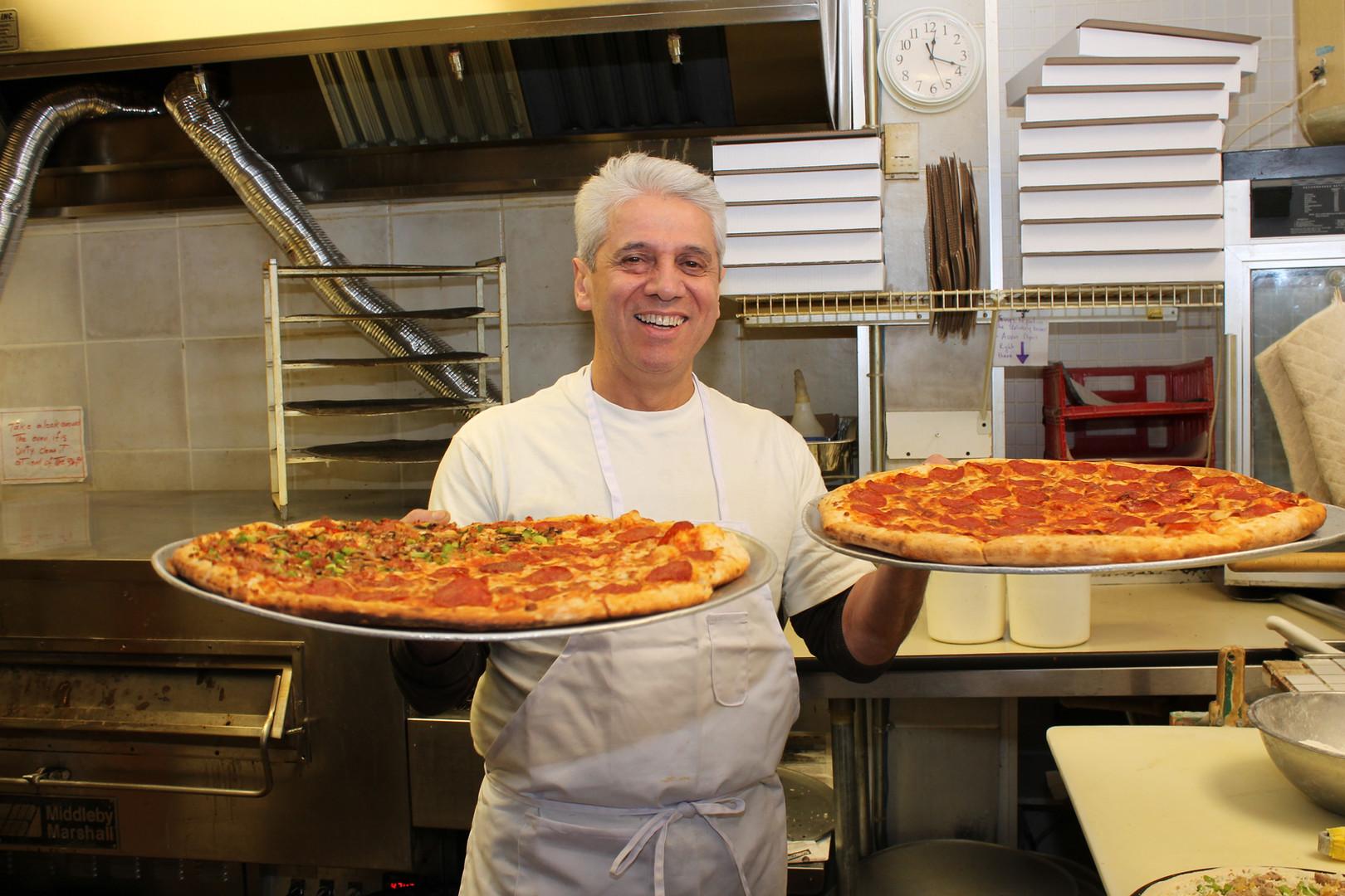 Eddie Pizza  Pepperoni pizzas