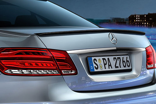 Mercedes  W212 AMG Spoiler