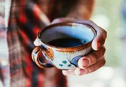 antique-ceramic-coffee-cup paysage.jpg