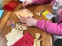 colouring and decorating kits