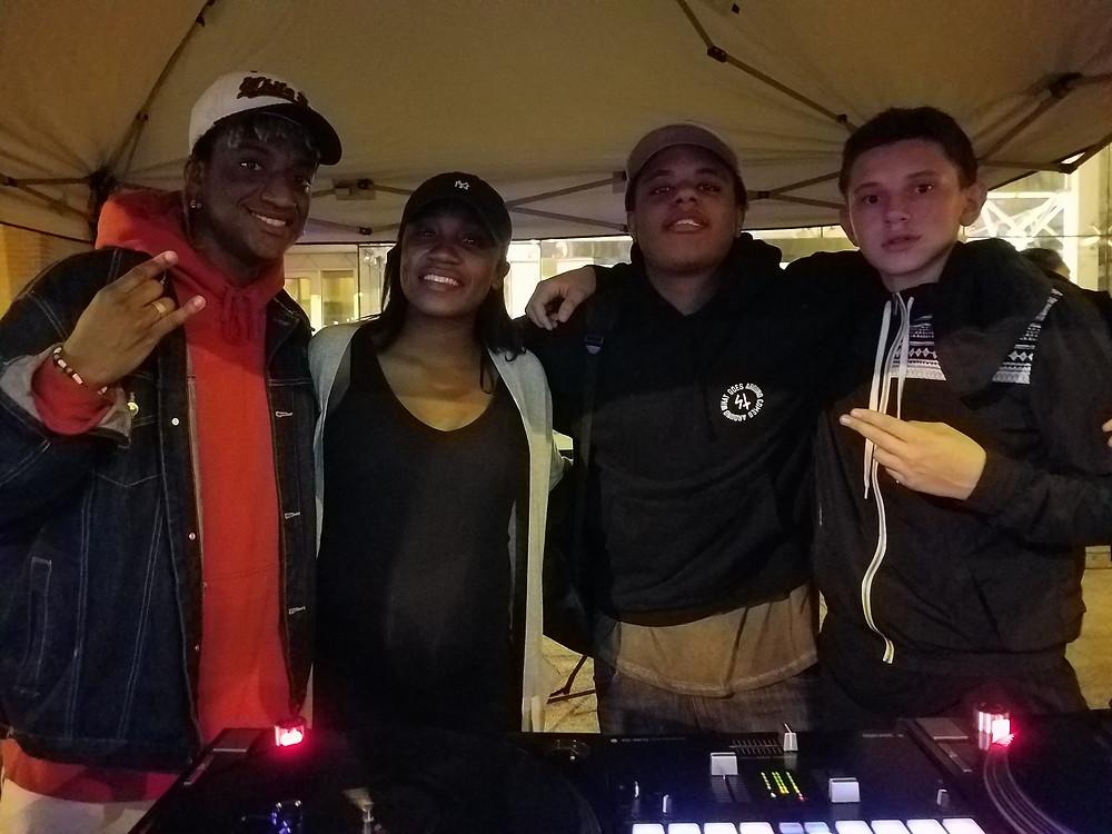 DJ lol with TRUE Skool DJS
