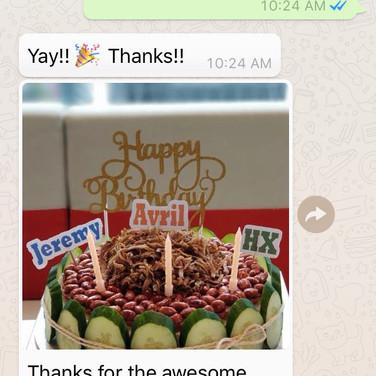 "Yvonne ""Awesome cake"""