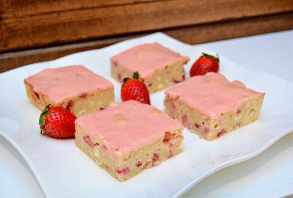 Buttery Strawberry White Chocolate Blondies with Strawberry Glaze