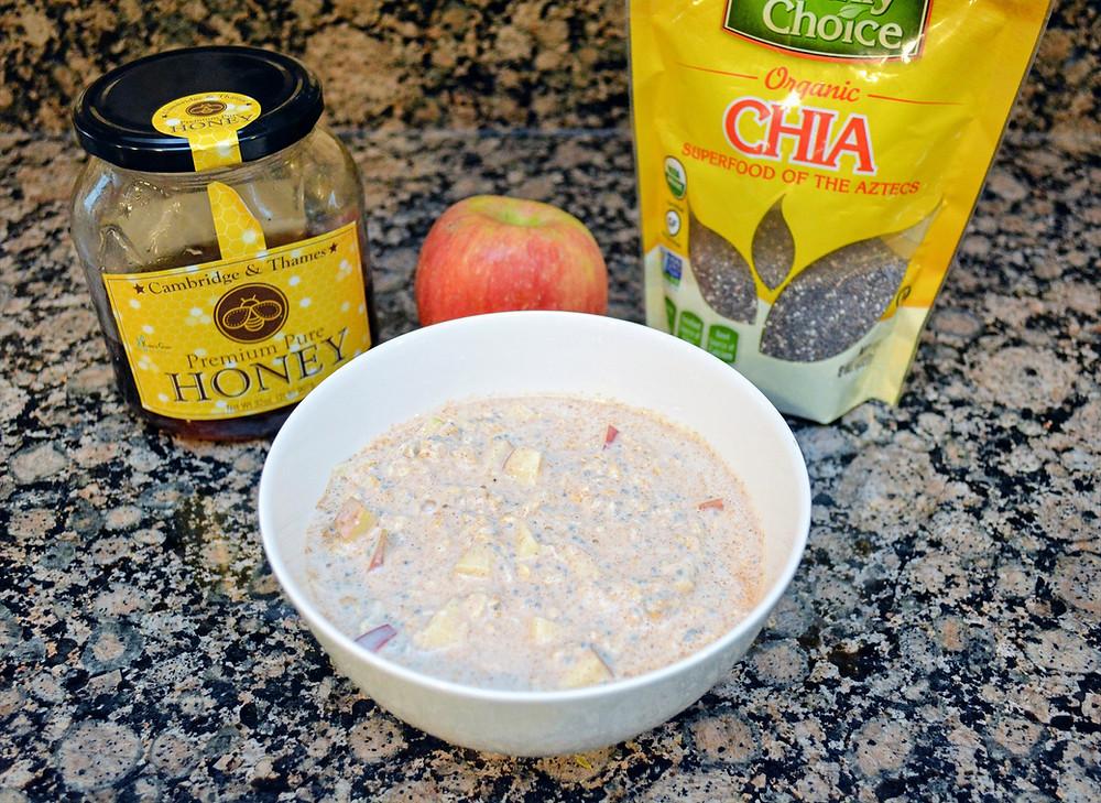 Gluten-free Apple Cinnamon Overnight Oats