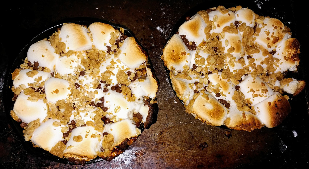 Chewy Skillet S'mores with Graham Cracker Cookie Crumble