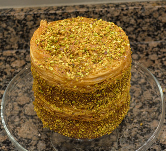 Vibrant Pistachio Baklava Cake