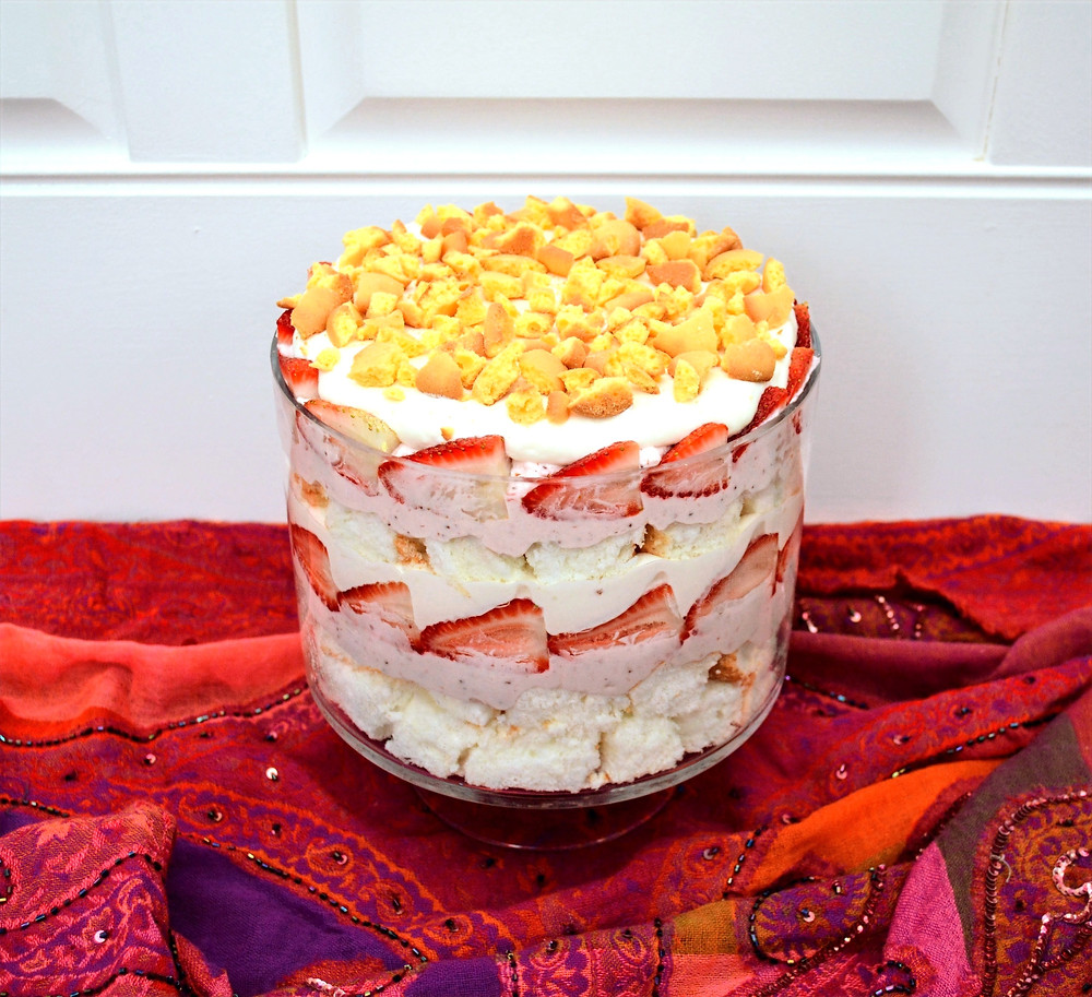 Easy No-bake Baileys Strawberries & Cream Trifle