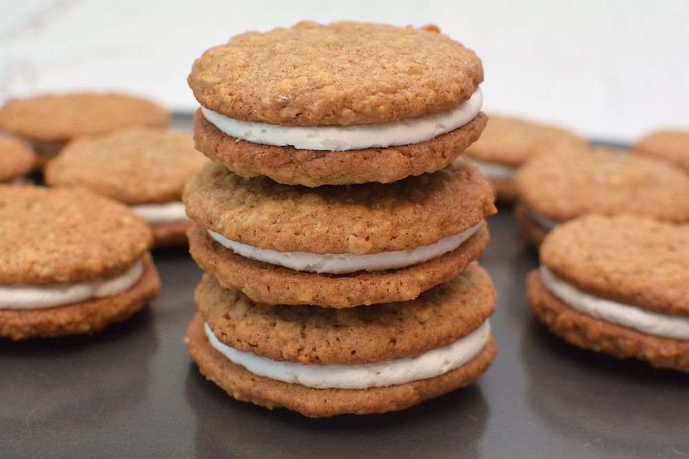 Oatmeal Cream Pies with Marshmallow Buttercream Filling