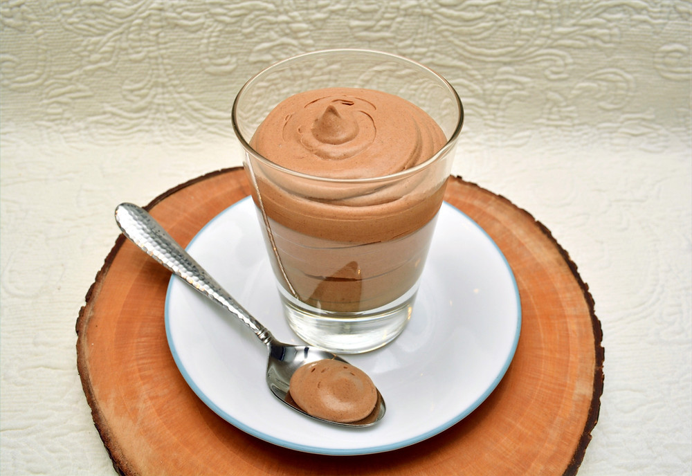 Easy Creamy Chocolate Mousse