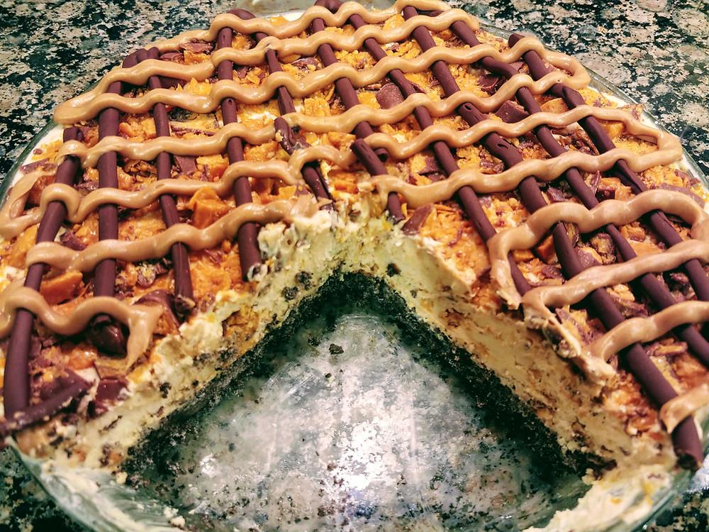 Frozen Butterfinger Pie with Oreo Crust