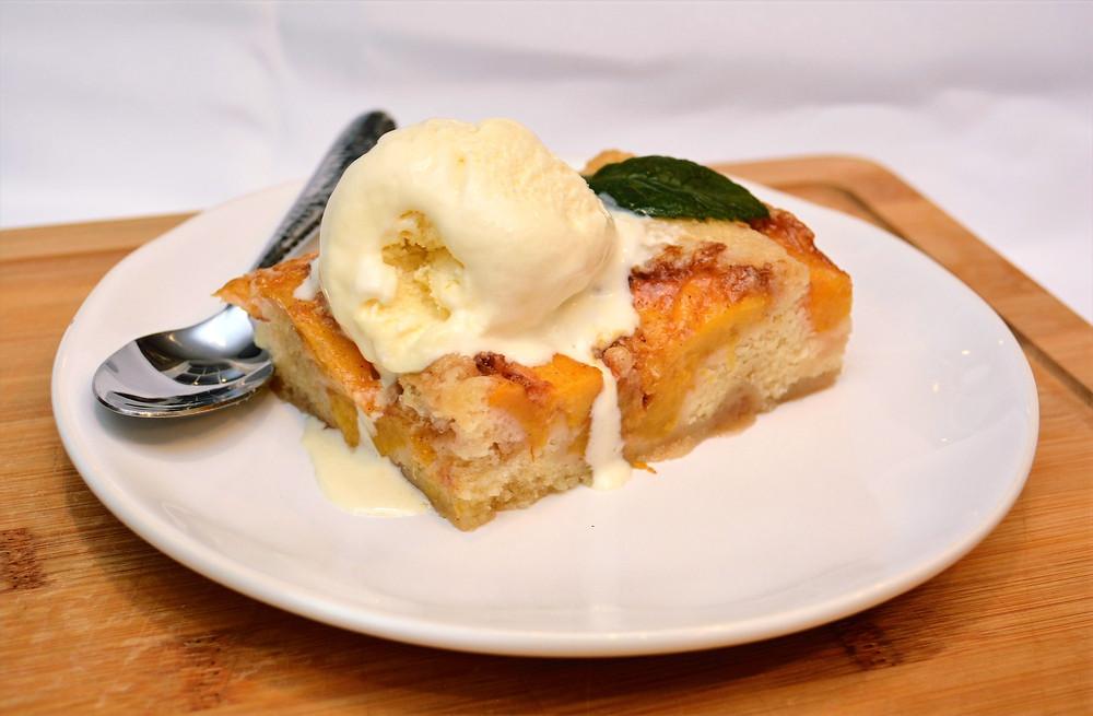 Rustic Peach Cobbler with Vanilla Ice Cream