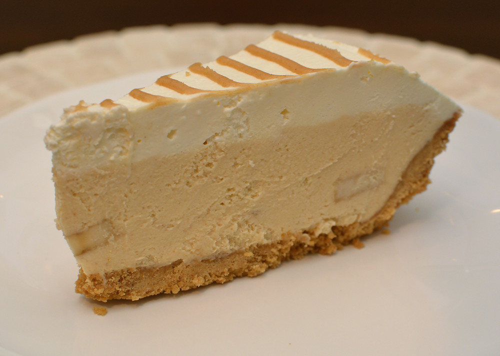 Silky Peanut Butter Banana Cream Pie
