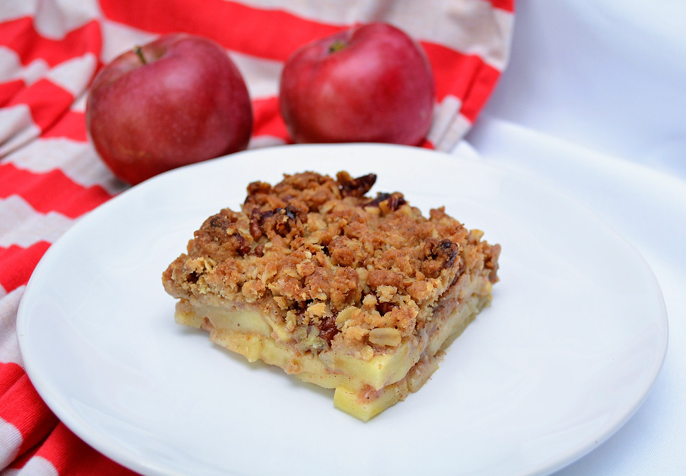 Easy Apple Crisp with Oat Crumb Topping