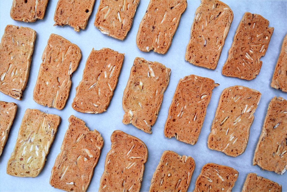 Simple Belgian Almond Thins