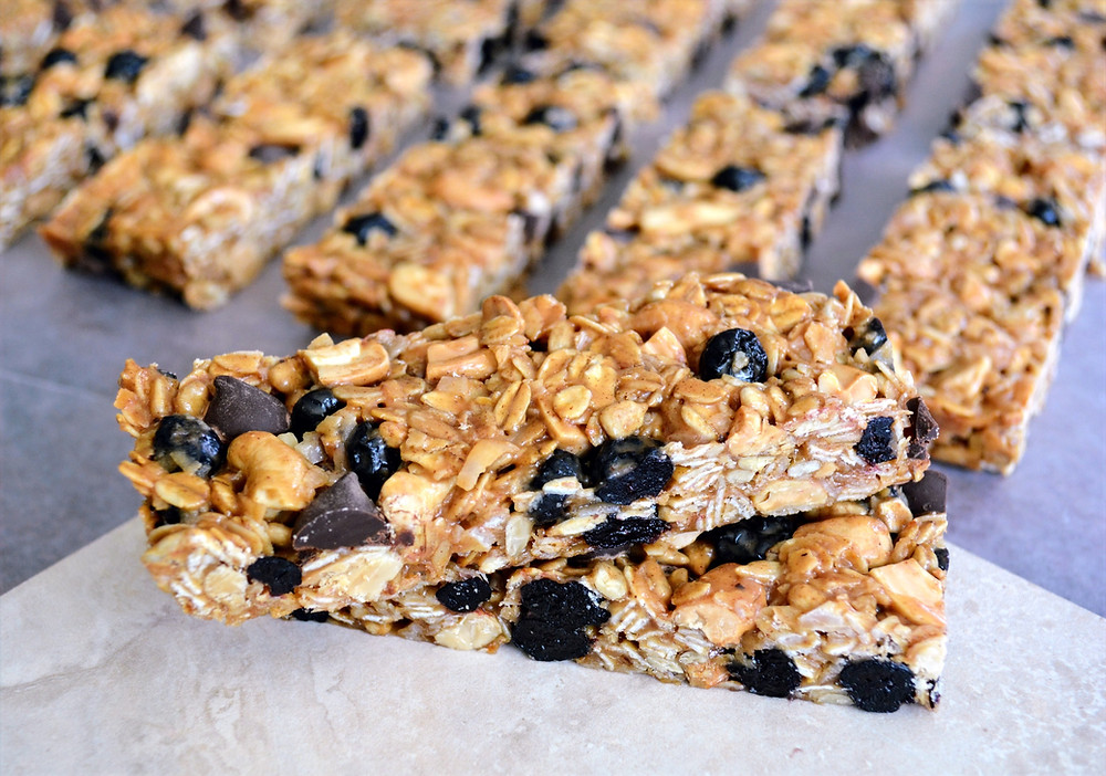 Healthy and Wholesome Cashew, Coconut, Blueberry Granola Bars