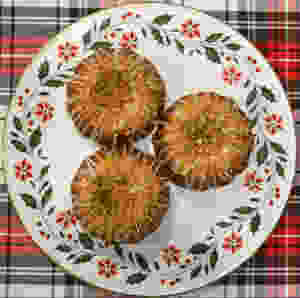 Festive Holiday White Chocolate Spiced Eggnog Bundt Cakes