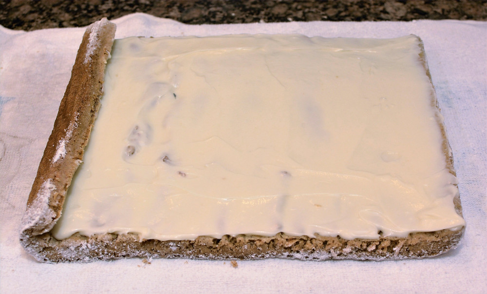 Carrot Cake Roll with Velvety Cream Cheese Frosting